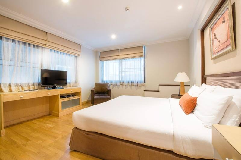 One Bedroom Suite The Key Bangkok Hotel